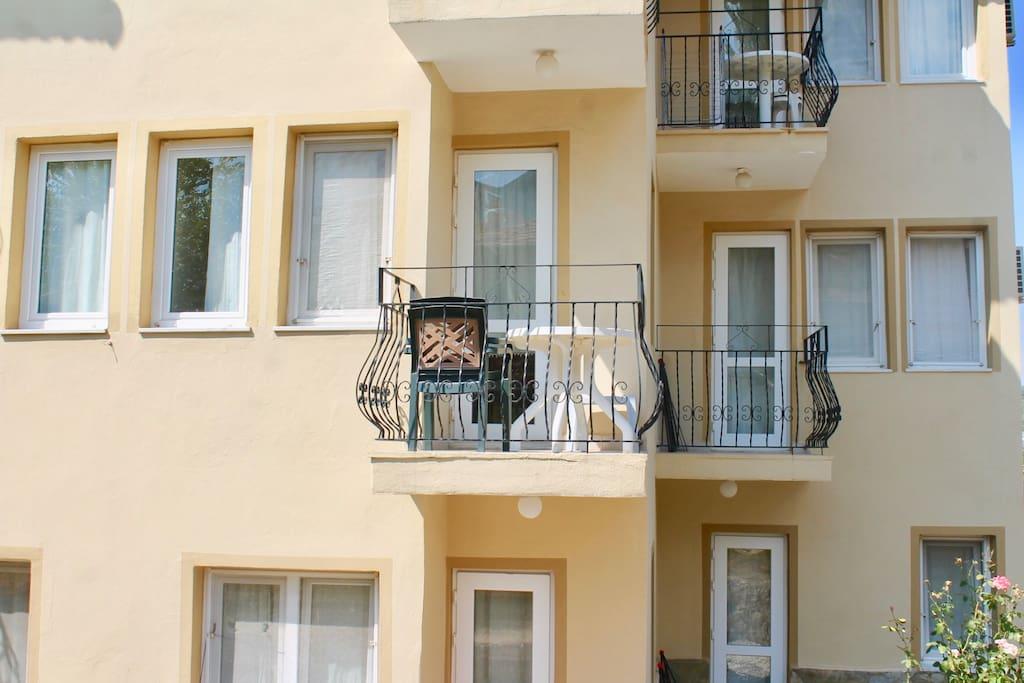 External -2 Balconies