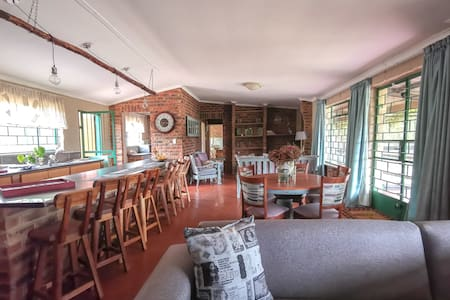 Lulama  Country Accommodation
