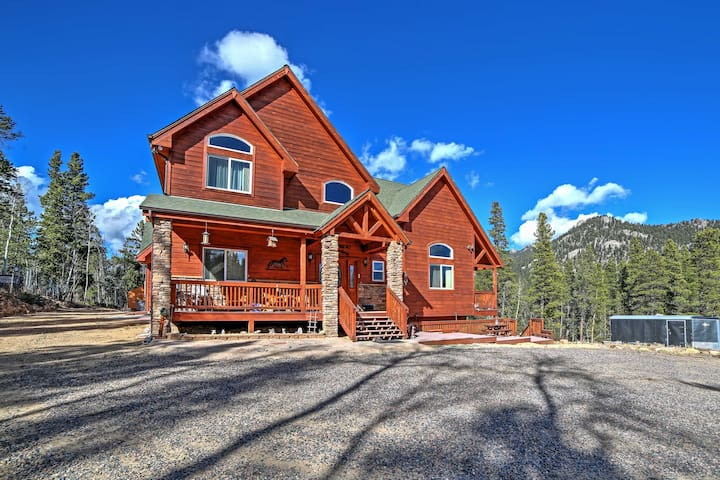 Pristine 4BR Black Hawk House w/Stunning Mtn Views!