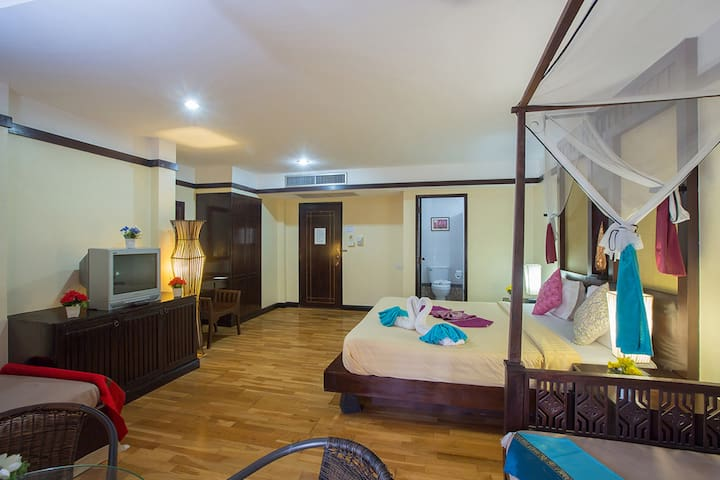 Superior TripleSea View RoomTerrace - Tambon Patong - Bed & Breakfast