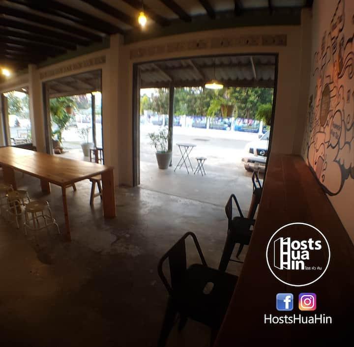 HostsHuaHin_Hua3