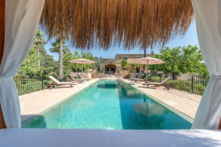 """Amazing Holiday Home """"Son Punta"""" with Mountain View, Wi-Fi, Air Conditioning, Terrace, Garden & Pool; Parking Available"""