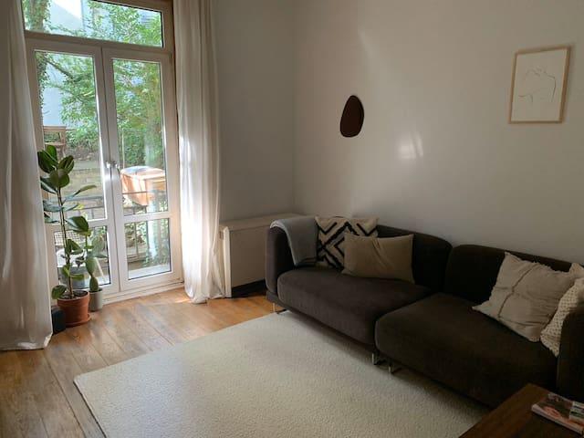 Cozy apartment with garden in central Eimsbüttel