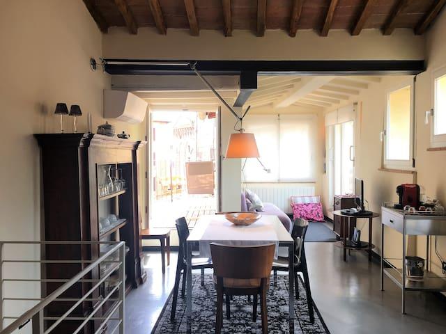 LA COSTARELLA - Central with cozy terrace