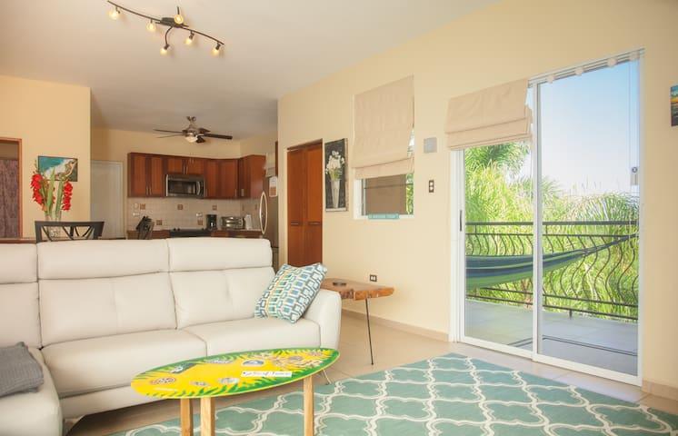 ★2 Bdr Road 413 + WiFi + Netflix+Balcony+Laundry★