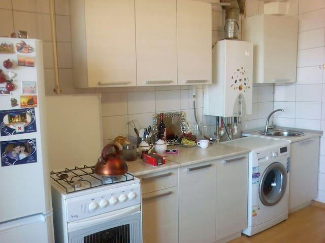 сдаю квартиру недалеко от парка в Кисловодске - Kislovodsk - Apartment