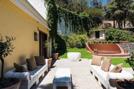 Villa Monte Lentiscal with private pool and garden