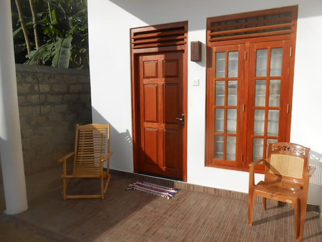YASAS Resort Guest House - Midigama Beach - Penzion (B&B)