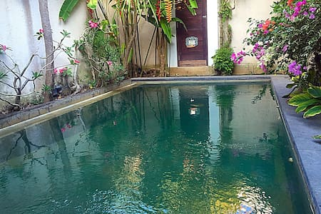 Room type: Private room Bed type: Real Bed Property type: Villa Accommodates: 2 Bedrooms: 1 Bathrooms: 1