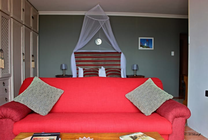 Walkerbay Accommodation Lighthouse Room