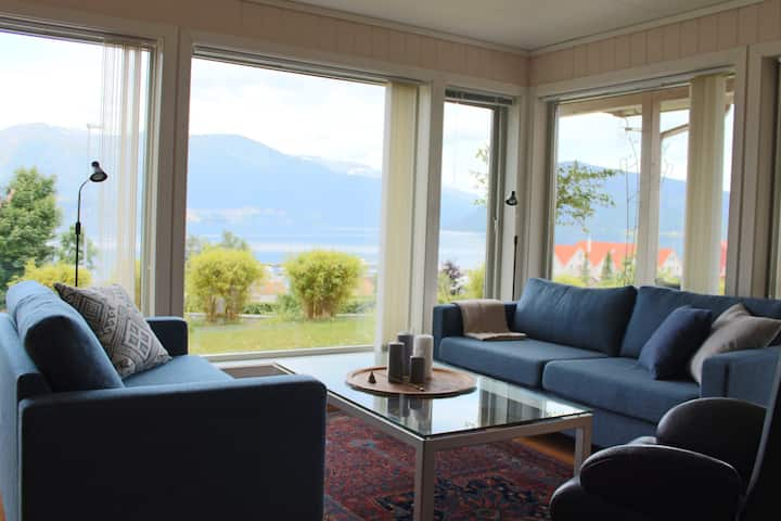 Three bedroom apartment w/ fjord view