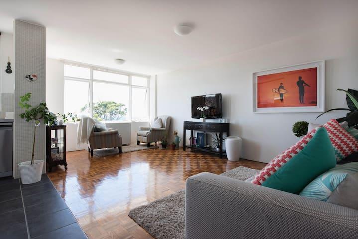 Ocean, beach & bondi panoramas - Bondi - Wohnung