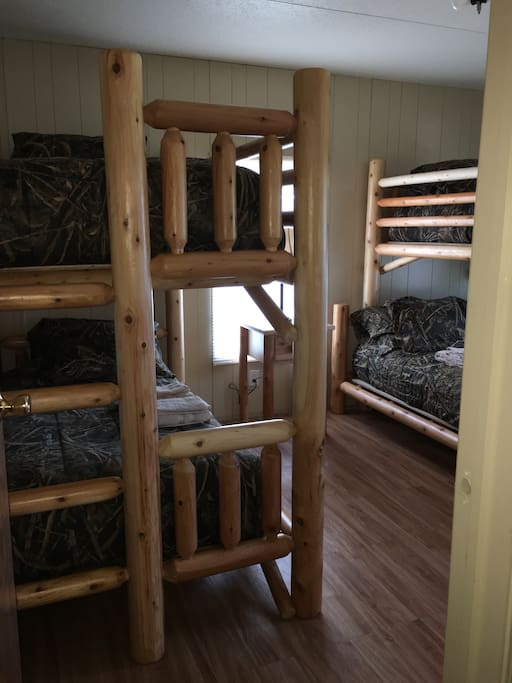 bedroom 3 with 2 bunks 4 beds