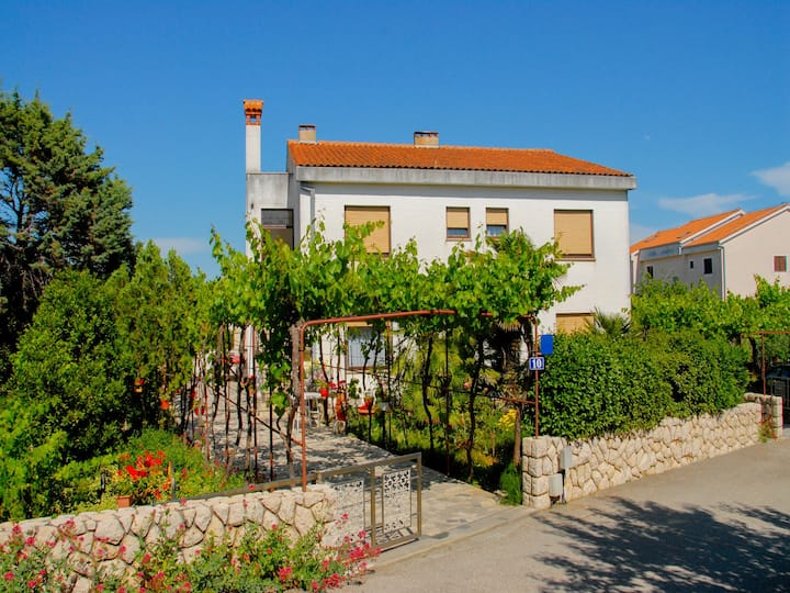 Comfort Studio Apartment near the Old Town of Krk