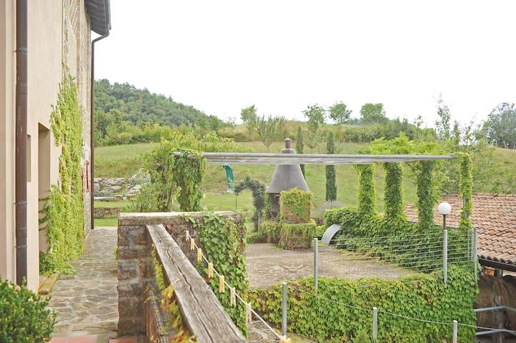 Il Melo_Agriturismo Campo del Pillo - Castelnovo Ne' Monti - Haus