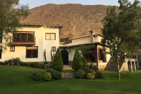 Luxury Villa at Lima Andes - Chaclacayo