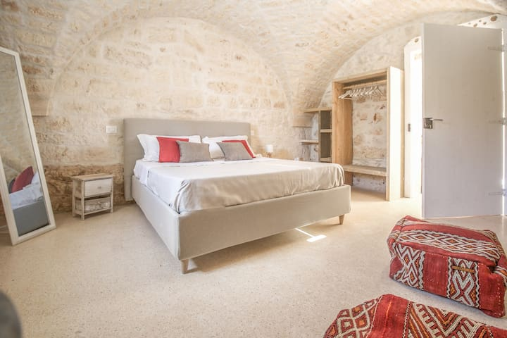 "Masseria Urselli ""Red apartment"""