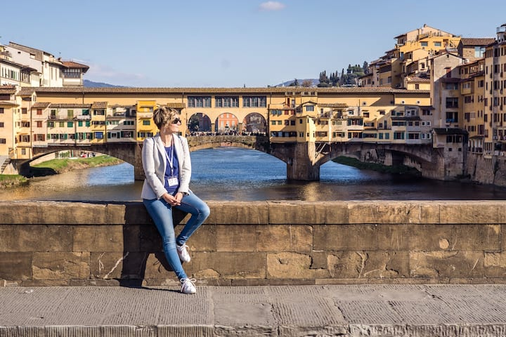I'm an official tour guide in Florence