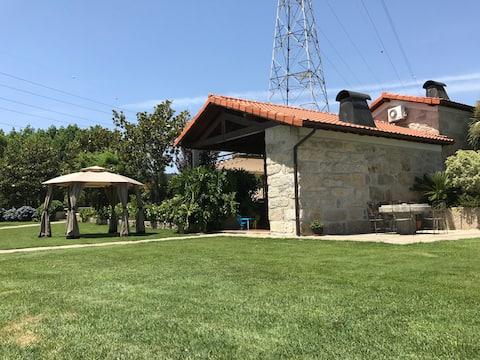 Casa da Eira - Dom na wsi z basenem w pobliżu Oporto