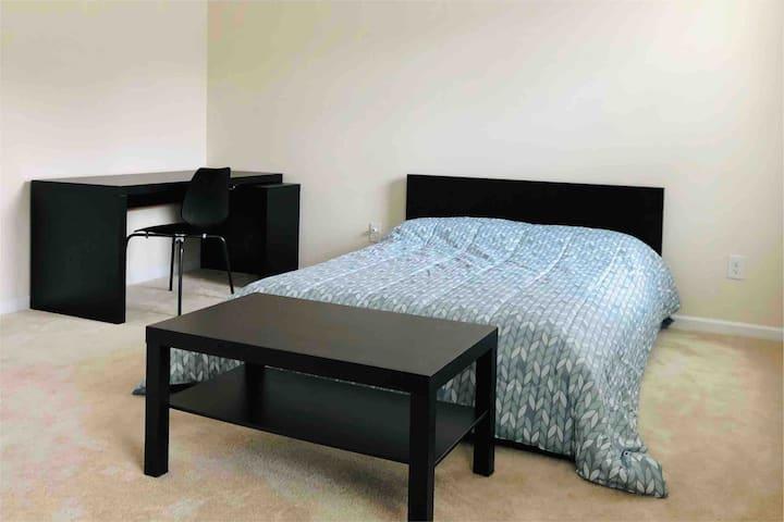 Simple + Spacious + Clean (One Private Bedroom)
