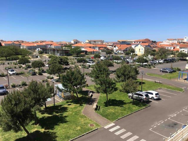 Appartement à 300 M de la plage principale