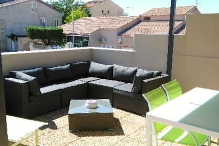 Joli  F3 avec grande terrasse au coeur de Meze - Mèze - 公寓