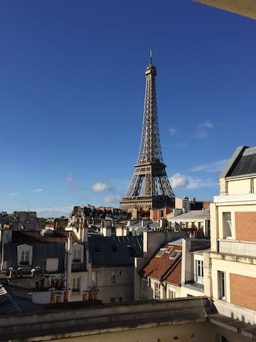 Amazing Eiffel Tower view! - Paris - Apartment