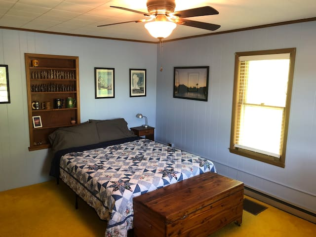 Mount Hermon Farm Second Bedroom