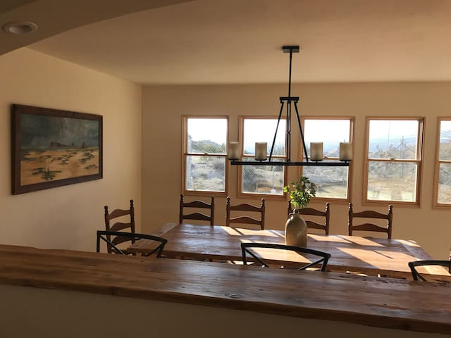 The Desert Retreat - Yucca Valley - House