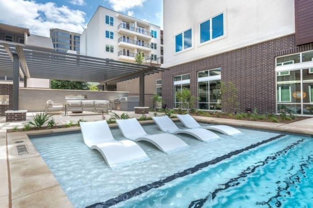 Skyline Place Apartments Dallas