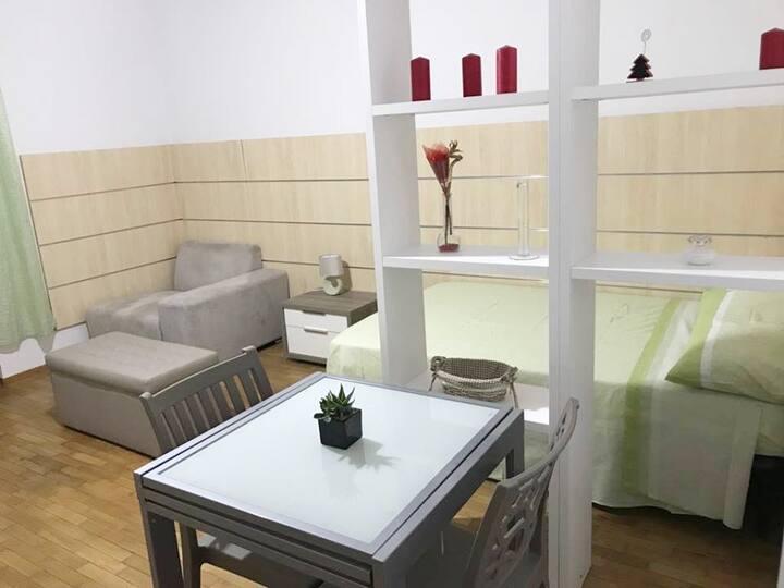 Tranquillo Appartamentino. Quiet little apartment