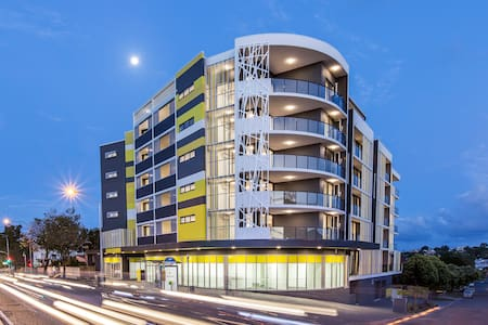 Brand New Modern Apartment in Lutwyche - Lutwyche