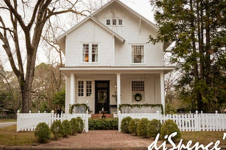Historic Southern Home in the Heart of Fitzgerald