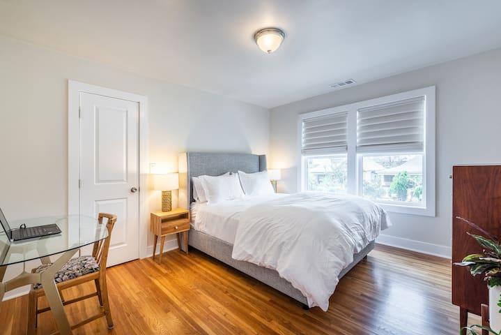 Boyle Heights Hidden Gem - 1 Bed + More