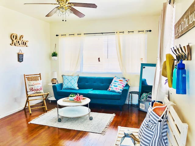 Get Cozy In cute 1bed by Airport Downtown SD
