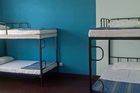 The Vintage Club Hostel - Colombo