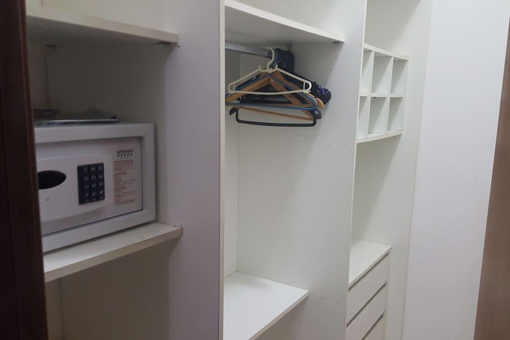 Closet com cofre