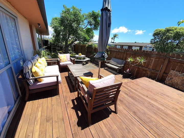 Entire home: Sunny Family Bach in Mount Maunganui