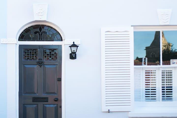 Vintage boutique cottage in Deal - Deal - Hus