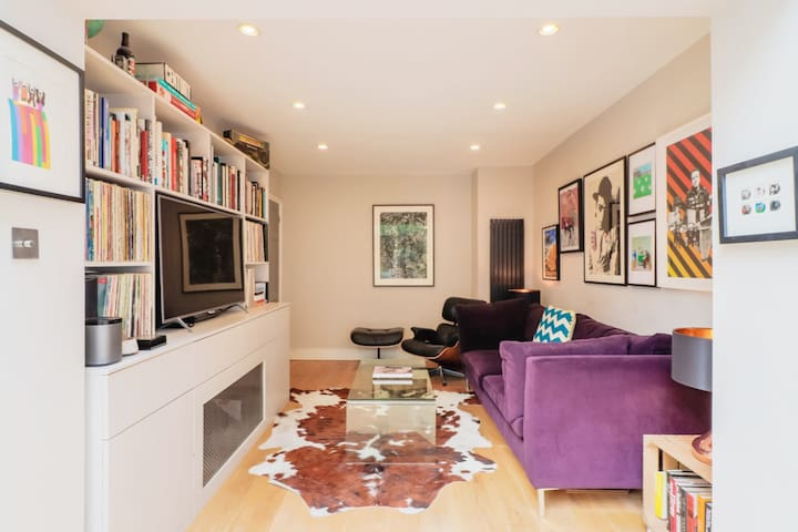 Cool flat for a couple minutes from Portobello Rd.