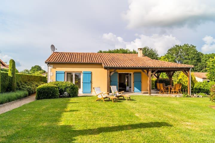 Les Forges: Fijne 4p- bungalow op park (BS70)