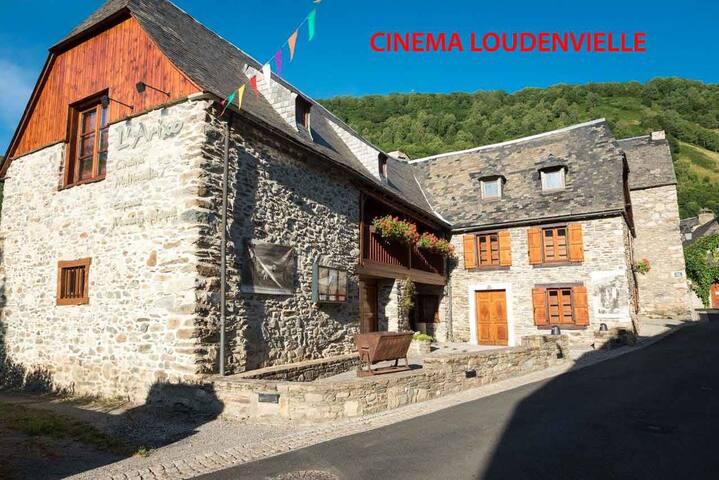 APPARTEMENT CALME BORD DU LAC LOUDENVIELLE - Génos - Lägenhet