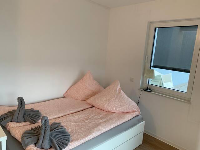 Düsseldorf Apartment Zimmer/Room 1.3