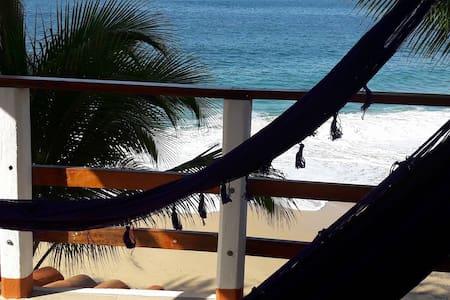 Hermosa vista al mar, Posada Ziga 14 - Mazunte - Huvila