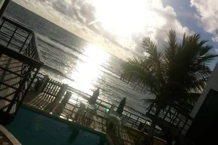 Apartamento na Beira Mar de Gaibú com Piscina !