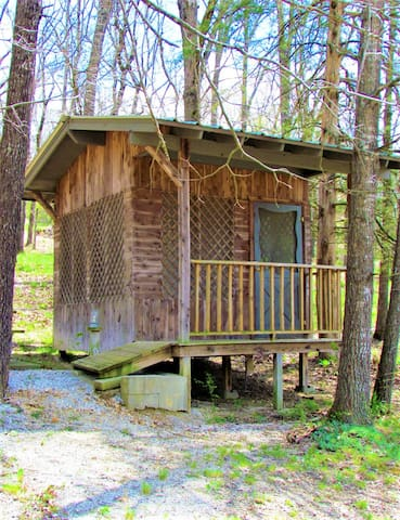 BYOB Hut in the Ozark Mountains