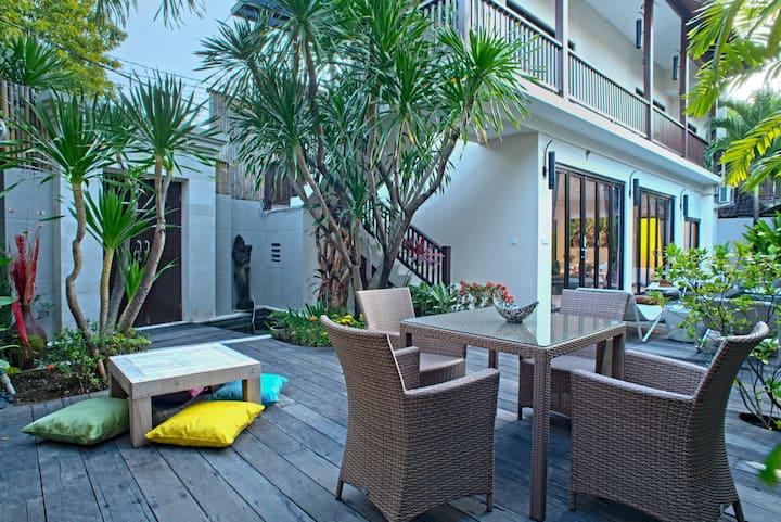 Villa Zaïna 3 bdr -Seminyak-Bali