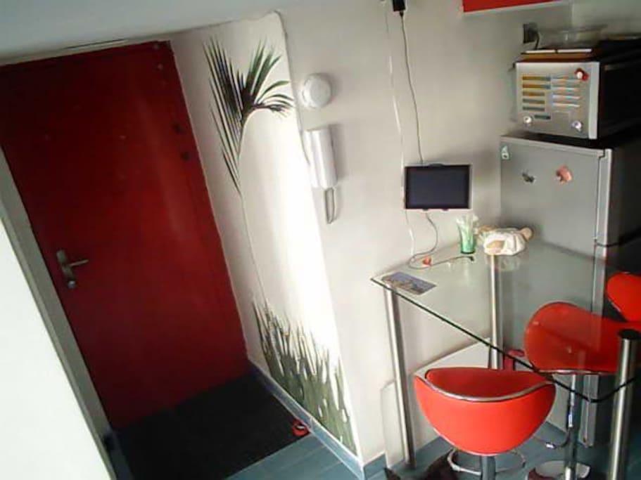 lyon 3e saxe gambetta chambres d 39 h tes louer lyon rh ne alpes france. Black Bedroom Furniture Sets. Home Design Ideas