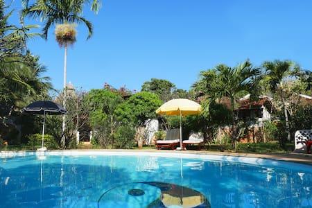 "Frangipani Cottages ""Hibiscus II"" - Diani Beach - Haus"