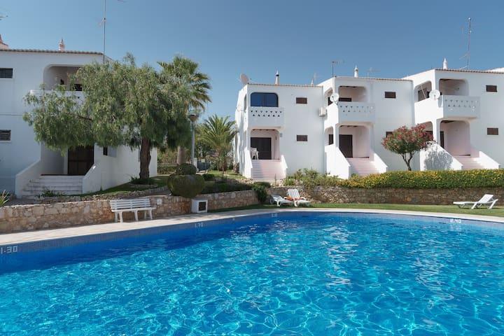 Keza Apartment, Armaçao de Pera, Algarve
